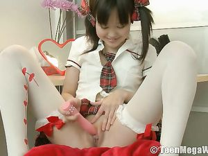 Adorable Japanese Schoolgirl Vibrates Her Yummy Pussy