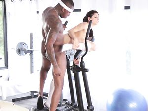 Sporty Tease Girl Gets The Interracial Fuck She Craves