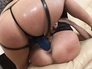 Lesbians Get Out The Big Strapon Cocks To Fuck