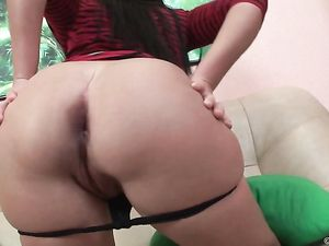 Lipstick Blowjob Babe Wants The Dick Up Her Ass