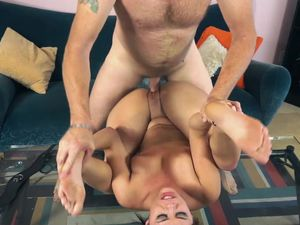 Flogging A Sub Slut And Pounding Her Pussy