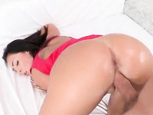 Facial Cumshot On Hardcore Fuck Slut Gianna Nicole